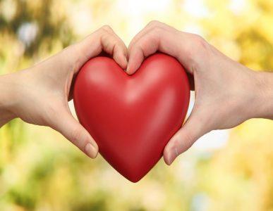 fondo corazon manos